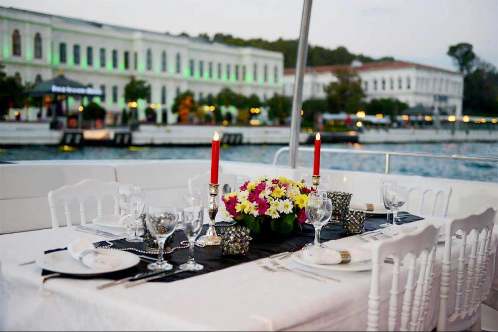 Teknede Evlilik Teklifi ve Teknede Evlilik Teklifi Fiyatları