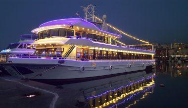 Teknede Akşam Yemeği ve Fiyatları