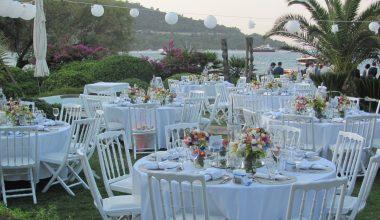 Yaz Düğünü İsteyenler İçin 5 Farklı Süsleme Önerisi