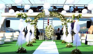 Düğün Teknesi Çiftlerin Yeni Seçimi Oldu