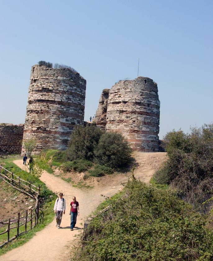 Anadolu Kavağının Tarihi Yapısı Yoros Kalesi
