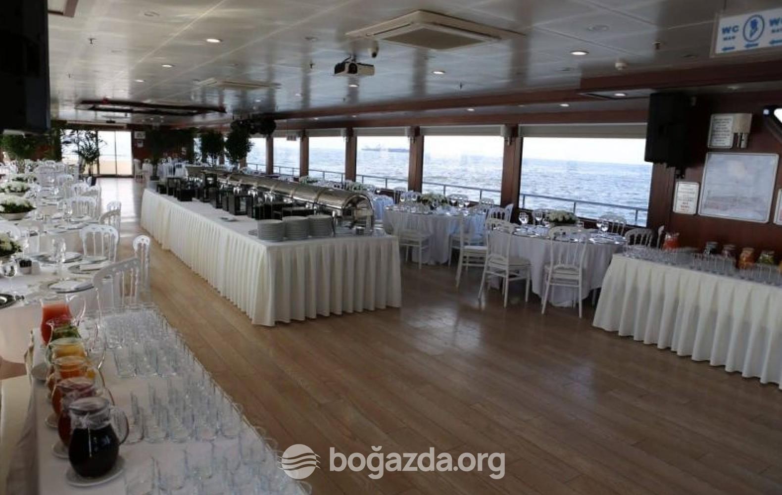 Beyaz Martı Tur Gezi Teknesi