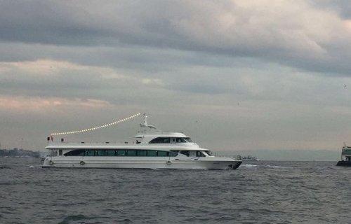 Şanzelize Yat Tur Gezi Teknesi