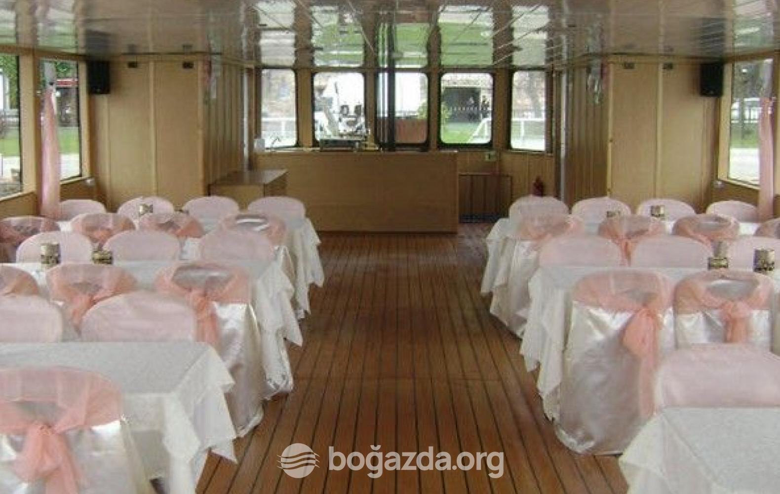 Civelek 2 Tur Gezi Teknesi