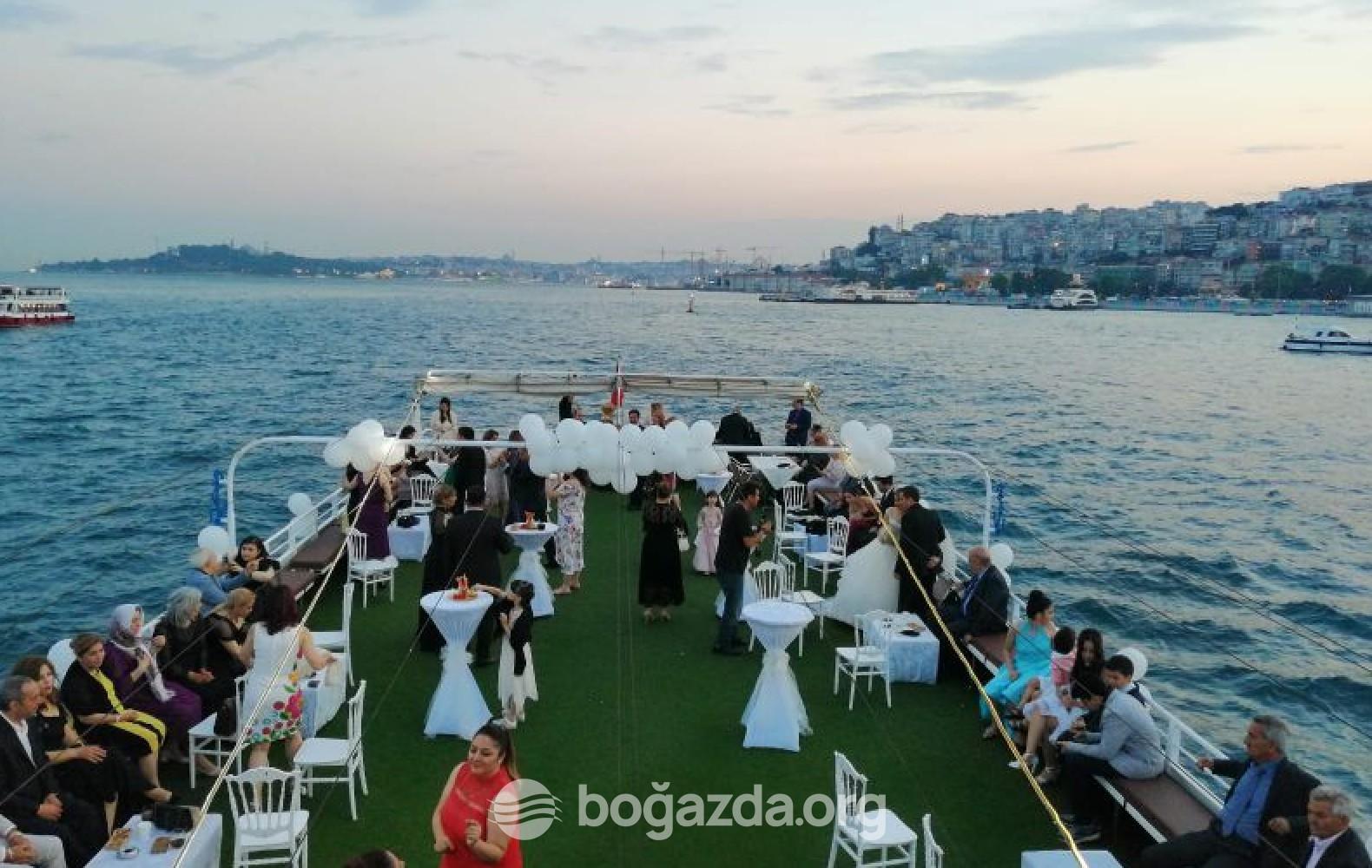 Eraska Gezi Teknesi
